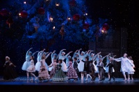 The Nutcracker | Children Dancers and Hong Kong Ballet Dancers | Photographer: Conrad Dy-Liacco