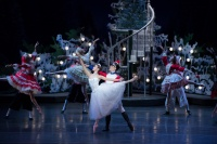 The Nutcracker | Dancers: Ye Feifei, Li Jiabo | Photographer: Conrad Dy-Liacco